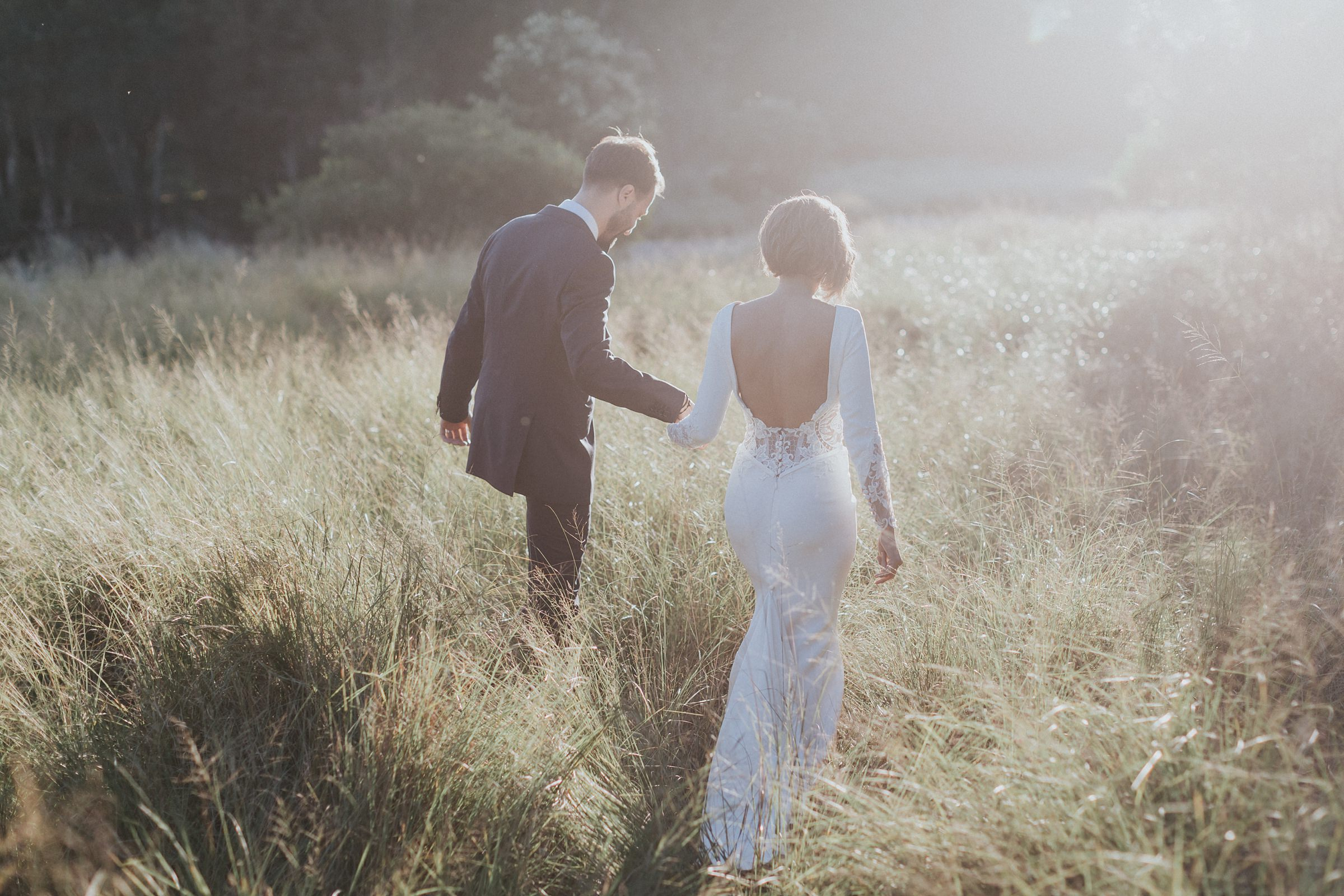 golden hour wedding portraits in centennial park