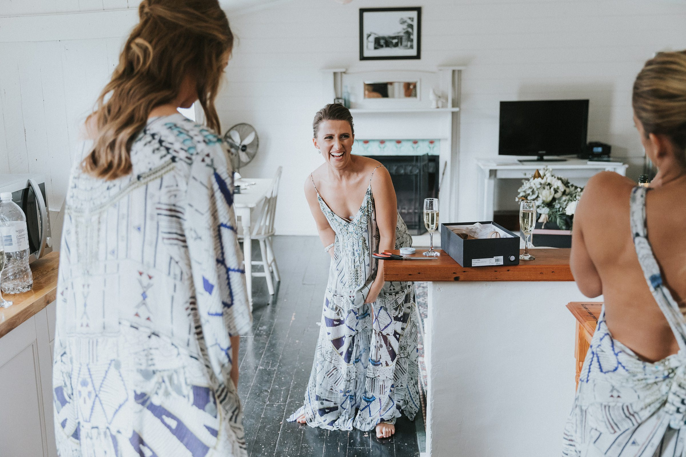 unscripted wedding photography at mali brae farm