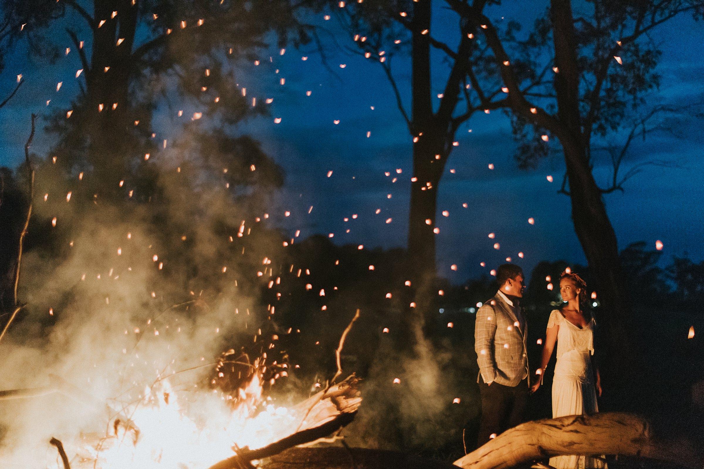 beautiful wedding portraits with fire at mali brae farm