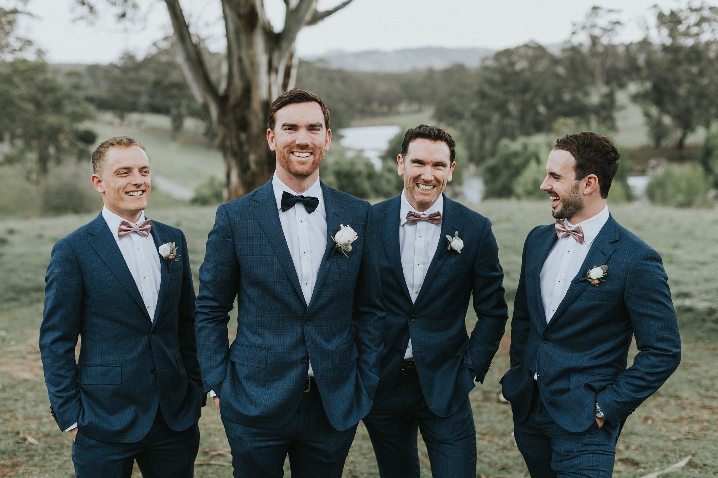 groom portraits overlooking the kangaroo valley