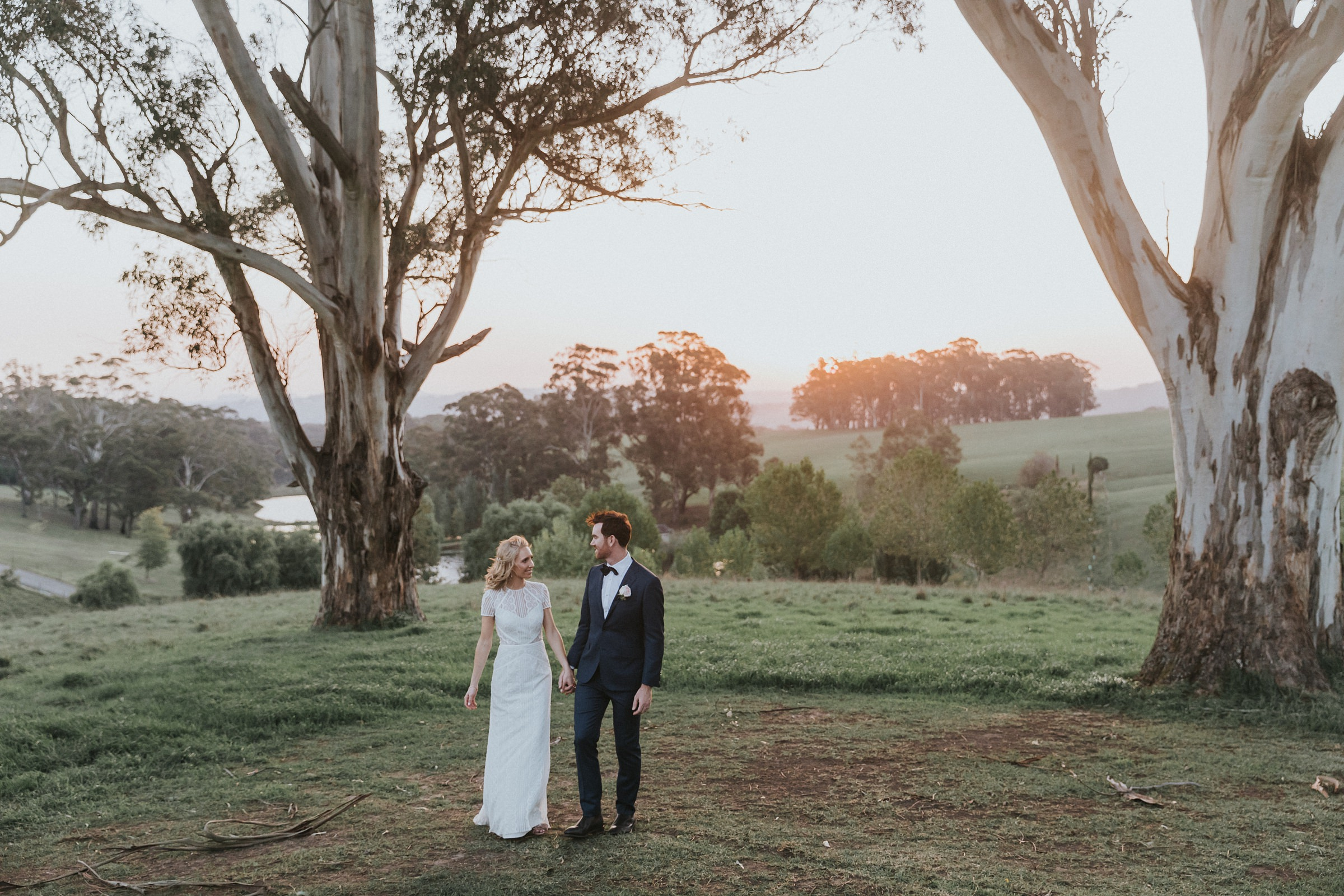 mali brae farm golden hour with bride and groom