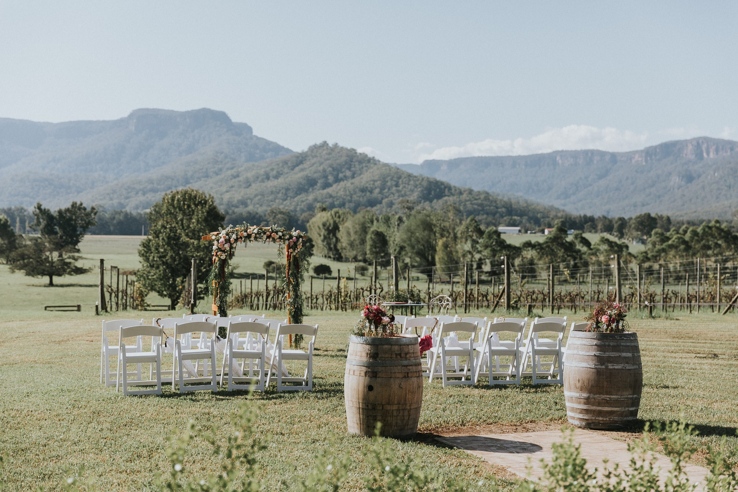 wedding ceremony in the kangaroo valley at melross farm