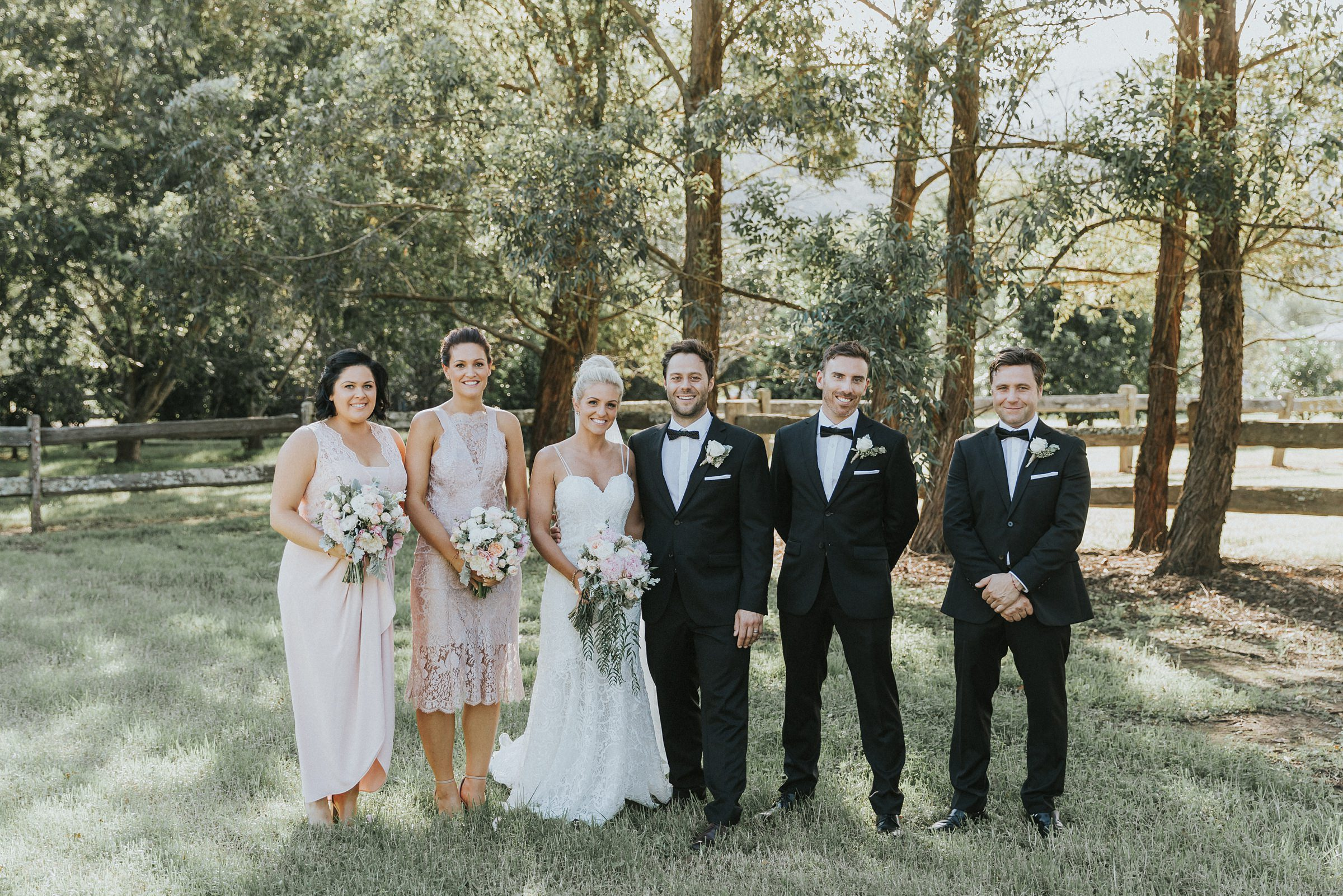 bridal party portraits in the kangaroo valley