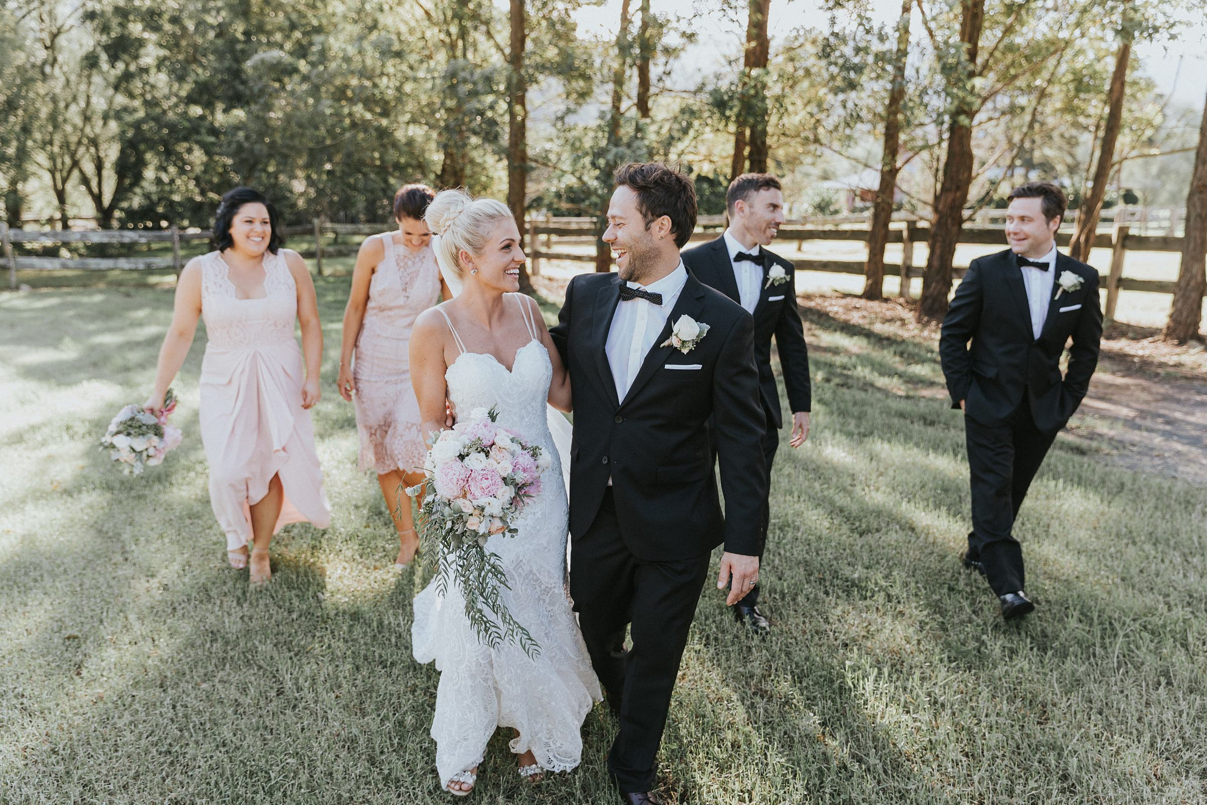 photojournalism of kangaroo valley wedding by jonathan david