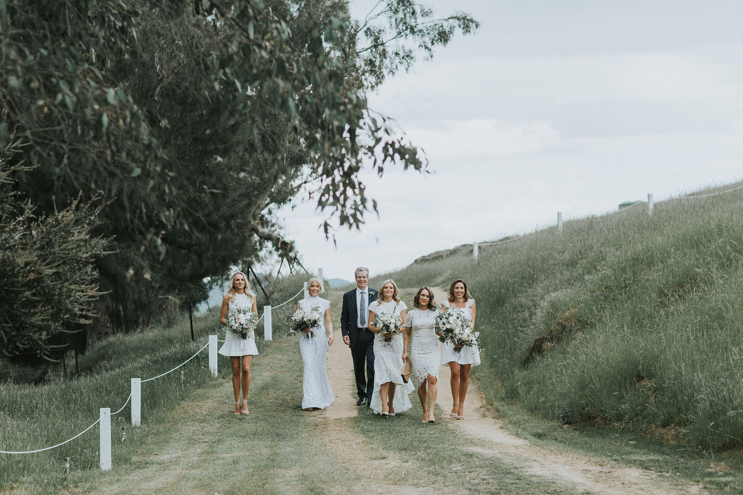 bride arrives with her father and bridesmaids at nimbo fork lodge