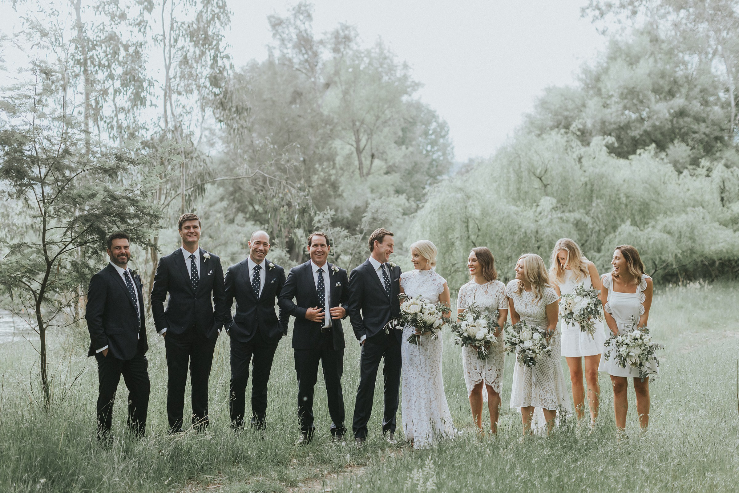 bridal party photos by the tumut river