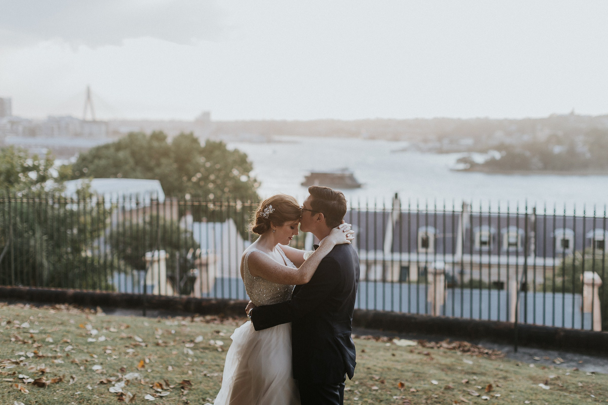 romantic wedding photos at the sydney observatory