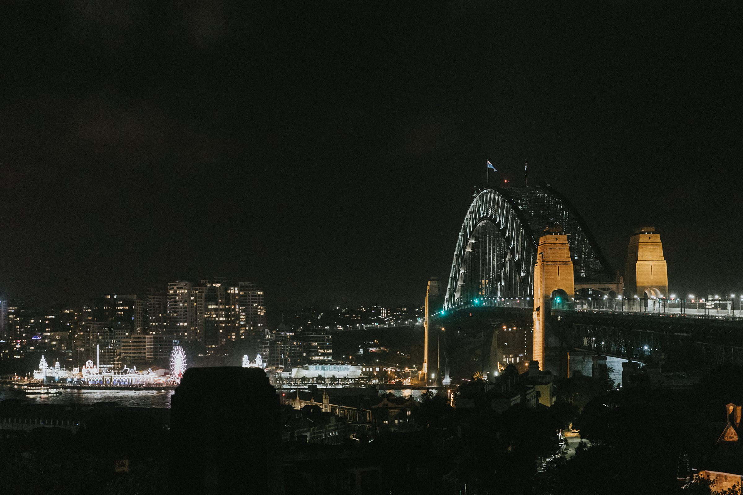 sydney harbour bridge night time photos